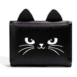 bolsos y monederos diseñados con orejitas de gato y otros animales